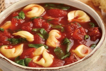 Tomato Soup with Spinach and Tortellini